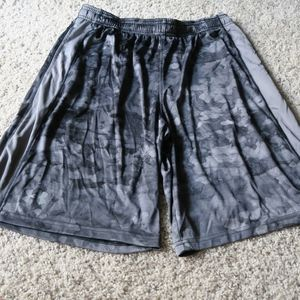 Camo Under Armour Shorts - Large